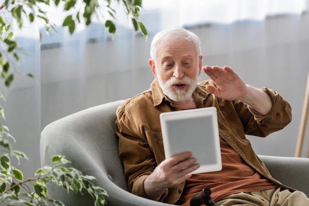 Atividades com distanciamento social para idosos