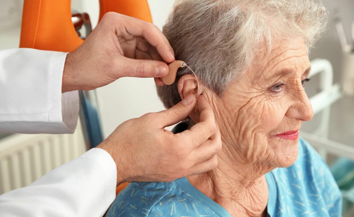 Como-escolher-o-aparelho-auditivo-ideal