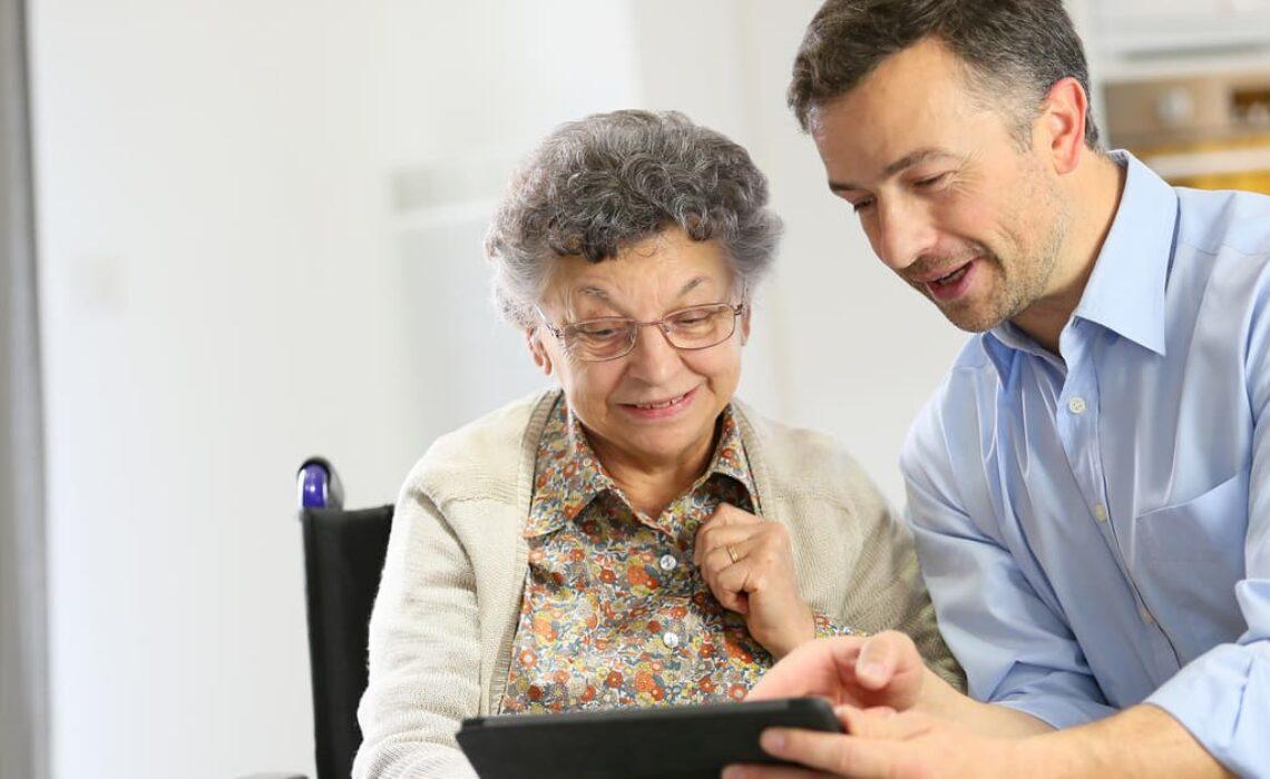 Dicas: como lidar com idosos com Alzheimer?